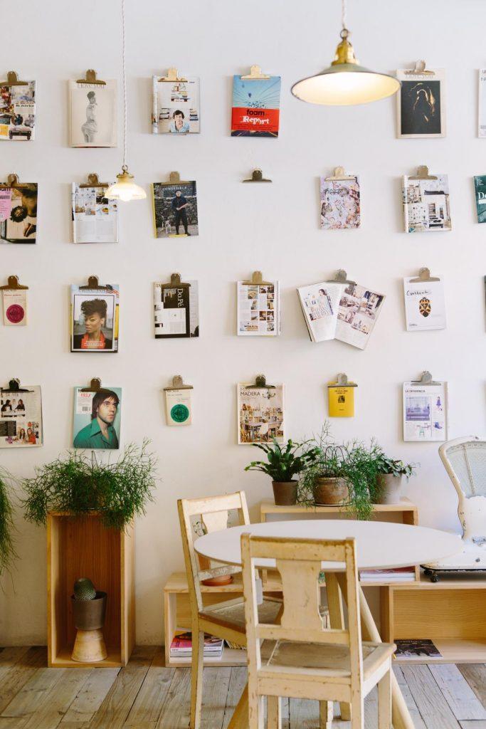 Inspirasi ruang kerja nyaman di dalam rumah