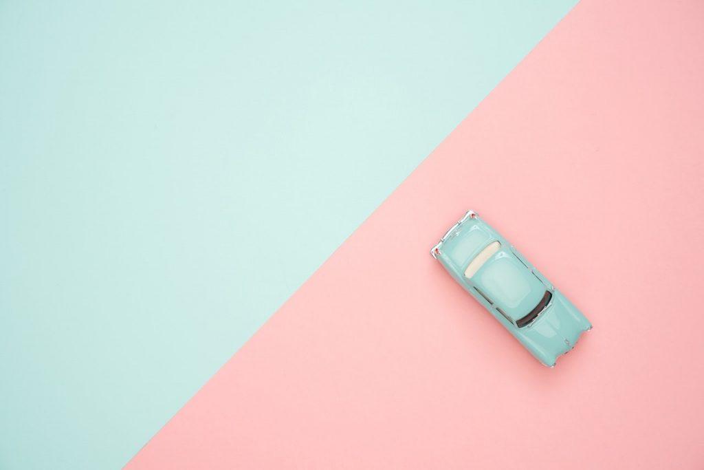 Warna pastel yang lembut cat rumah minimalis